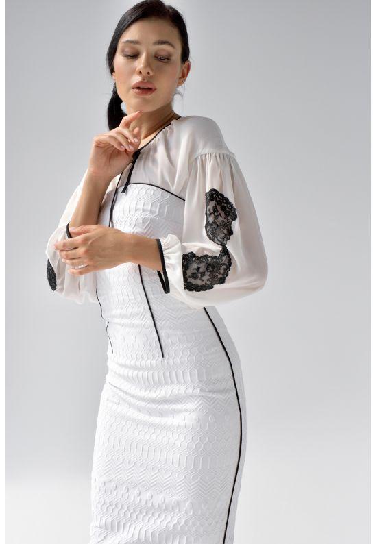 Молочная шифоновая блуза