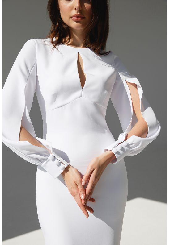 Элегантное белое платье облегающее фигуру