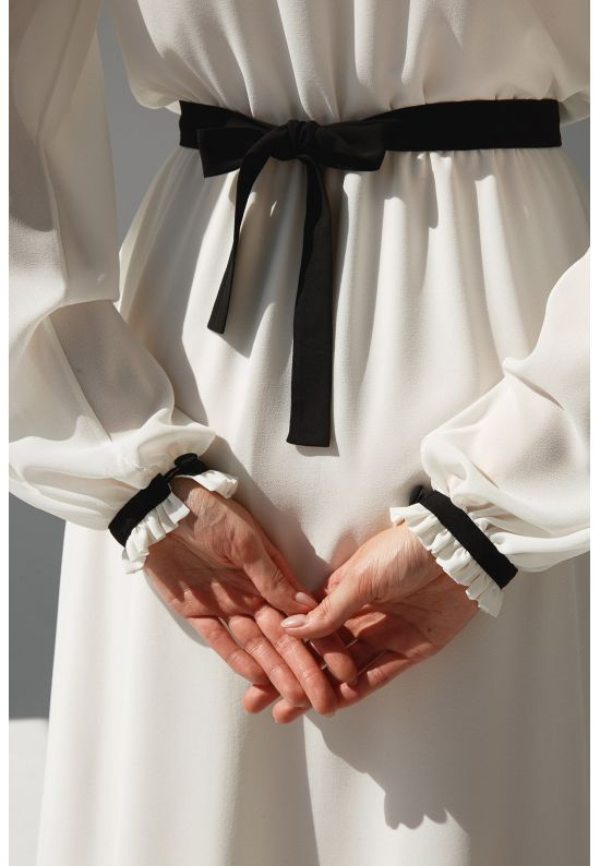 Молочное шифоновое женское платье