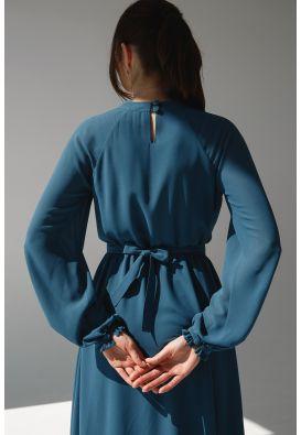 Женственное платье миди из шифона