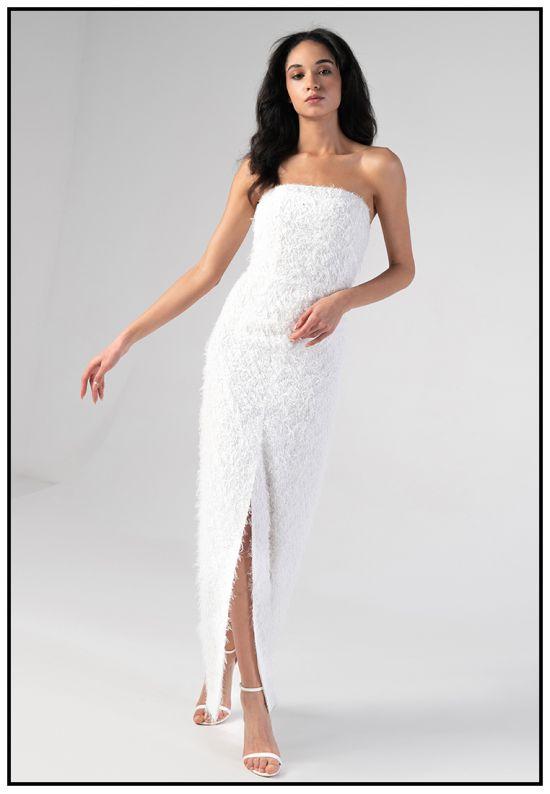 Белое вечернее платье в пол с разрезом