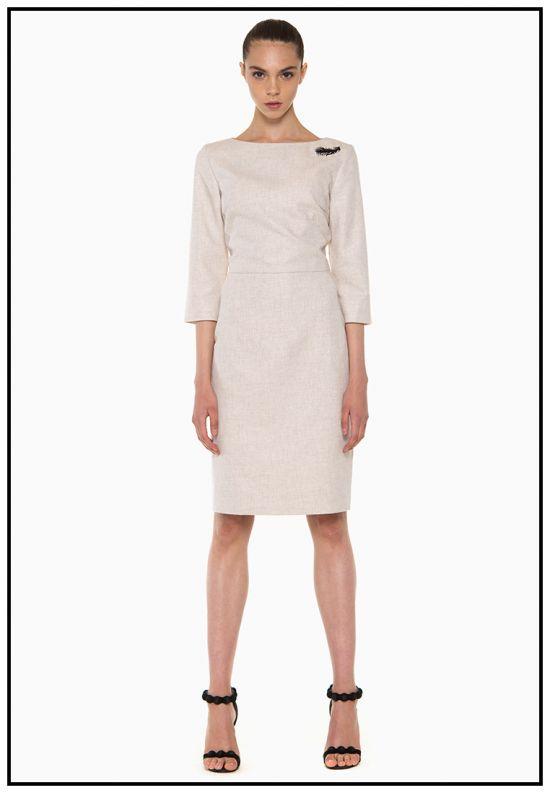 Бежевое платье из кашемира