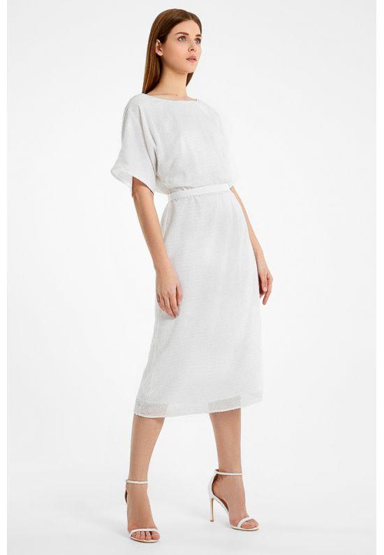 Утонченное белое платье миди