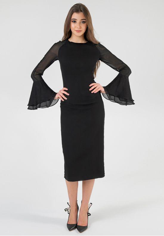 Элегантное платье-футляр с рукавами-клеш
