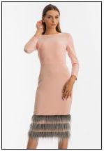 Элегантное платье миди с меховым манжетом по подолу