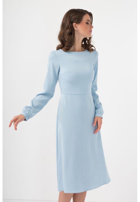 Голубое платье миди в полоску