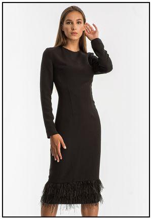 Коктейльное платье со страусинными перьями