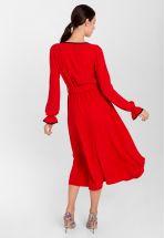 Коктейльное платье в красном цвете