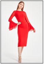 Красное платье миди из легкой ткани