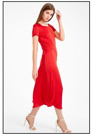 Красное шелковое платье миди