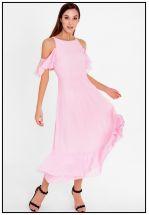 Нежно-розовое коктейльное платье миди