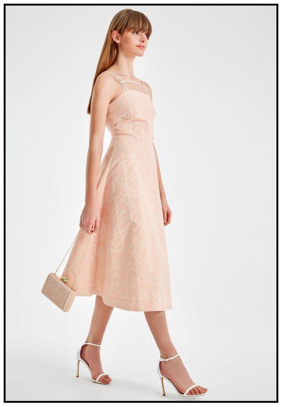 Розовое платье из эксклюзивного жаккарда
