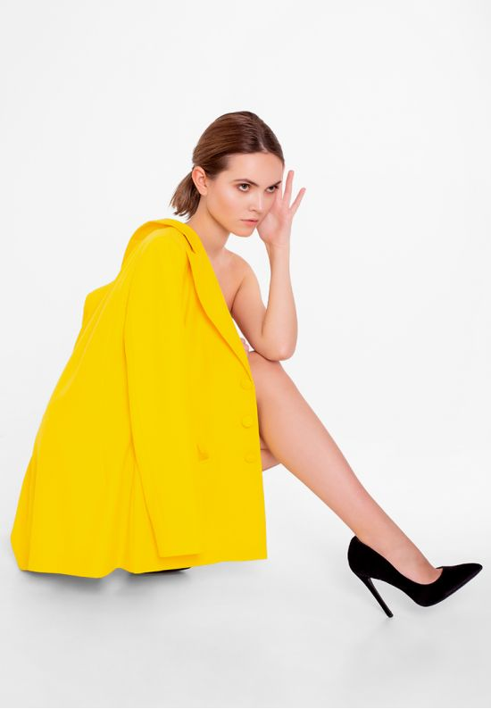 Стильный желтый жакет